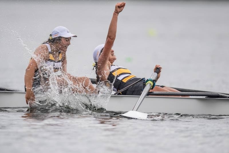 Rowing team blow competition out of water