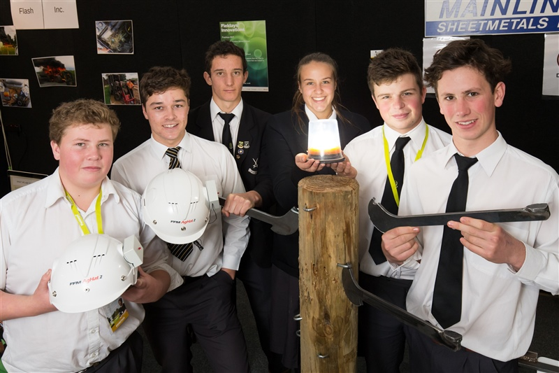 Agribusiness students win Fieldays 'Young Inventor of the Year'
